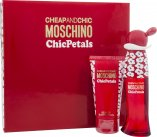 Moschino Cheap & Chic Chic Petals Gift Set 30ml EDT + 50ml Body Lotion<br />Kvinder