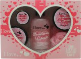I Love... Bath and Shower The Little Box of Love Strawberry and Cream Gift Set 250ml Bath & Shower Cremé + 50ml Body Butter + 50ml Sugar Scrub + 15ml Lip Balm<br />Kvinder