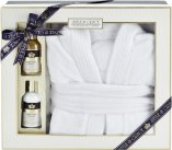 Style & Grace Signature Bathrobe Gift Set 100ml Body Wash + 100ml Body Lotion + Bathrobe<br />Kvinder